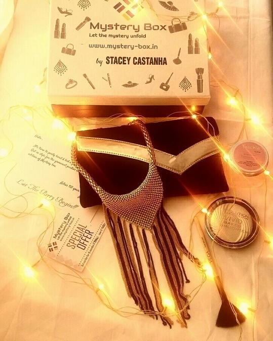 Do you have everything you need for the grooviest paty of 2016   Get all your party essentials in the December edition of Mystery box   Grab box : mystery-box.in