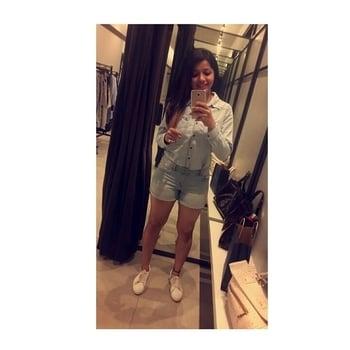 Shopping is the best policy🛍🦄 Denim on Denim kinda day💙 . . . #fashionblogger #allindiablogger #chandigarhbloggers #TheUrbanबिba #beingbloggers #sdmdaily #stylewhatyouwear #plixxo #plixxobypopxo #popxo #popxodaily #popxoblognetwork #popxofashion #roposo #roposolove #ootd #ootddairies #lookbook #fashionispassion #denimondenim #lovemywork #spreadlove #happiness #blessed #shukrana🌟