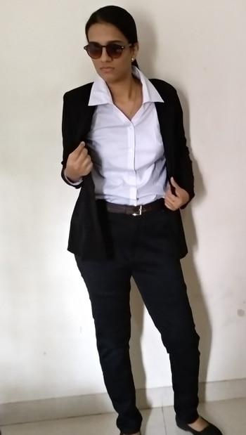 Formal attire  #blogging  #fashiondiva  #roposo #roposotalenthunt  #fashionblogger  #formallook  #formalwear  #formals #formallove  #fashionblogger #facebook  #face #nicelooking  #beauty  #roposostyleblog  #roposo#roposoclick  #roposotalenthunt #fashionblogger#styling #facebook