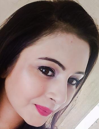 #roposo #roposogal #pink #makeup #triedsomethingnew #newmakeup #roposoblogger #roposofasion #roposomakeup #indianyoutuber #indianyoutubechannel #mumbaiblogger #mumbaiblogger #girls #punjaban  #kudi