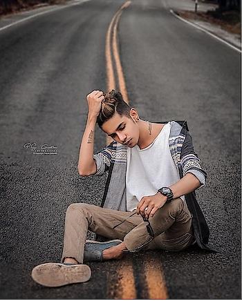 151🇰Followers Special ❤ 😵😍❤ ❤#post  #on  #demand ❣ 😍#portrait #model ❤ #modellife  #haircolorist #fam #posereferenc #poses #pose #posers #graphicsdesign #graphicartist #graphics #graphicdesigner @shootoutboysandgirls @shootoutboysandgirls