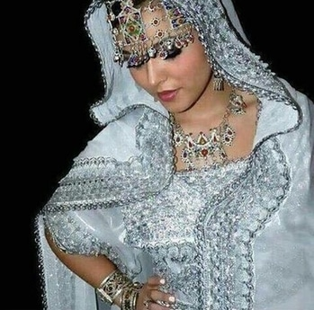 #algerianstyle #algeria  #fashion #style #stylish #love #me #cute #photooftheday #nails #hair #beauty #beautiful #instagood #pretty #swag #pink #girl #girls #eyes #design #model #dress #shoes #heels #styles #outfit #purse #jewlery #shopping #glam  #beautytips
