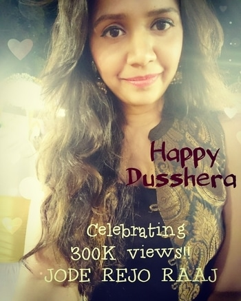 Happy Dusshera!! Celebrating 3 lac views with loved ones... Keep sharing! 😃 #singer #songwriter #Sugarzzz #gujarattoglobe #happydussehra #roposogal #trendsetter #Roposolove #roposostory #rops-style