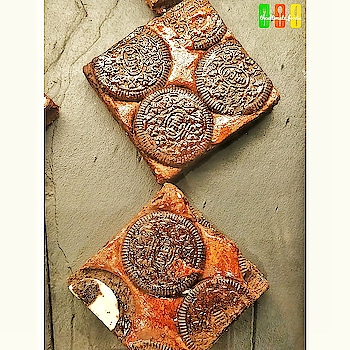 🌟Oreo Brownies look so dreamy ♥️ @azoteindia . . #brownies #brownie #browniecake #brownielovers . . #oreo #oreos #oreocake #oreocookies . .#Delhifoodblogger #followme  #foodbloggers #foodgasm  #foodiesofig #foodiesofinstagram #foodporn #foodshot #foodpics #foodie  #sinful  #foodlove #foodiegram #foodlover #tasty #foodporn #soulfood  #shotononeplus5 #oneplus5tphotography