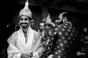 Expression !!! #bengaliwedding #wedding #bride #groom  #weddingday #photography #monochrome © Subhajit Sanyal Photography 2019 . .  Write us : subhajitsanyalphotography@gmail.com Call or WhatsApp : 8240464085 / 8981074244  #weddingphotography  #bengaliwedding #weddingphotographer #wedding  #inspiroindia  #theuncommonbox  #indianphotographers #inspiroindia #ig_india  #storiesofkolkata #in_kolkata #silkinspire #gallery_legit #photofie #mywed #fearlessphotographers #candidweddingphotography #candidweddingphotographer #weddingplanning #destinationwedding #gallery_legit #weddinggoals #weddingsutra #weddingzin  #captureshaadimoments #capturetomorrow