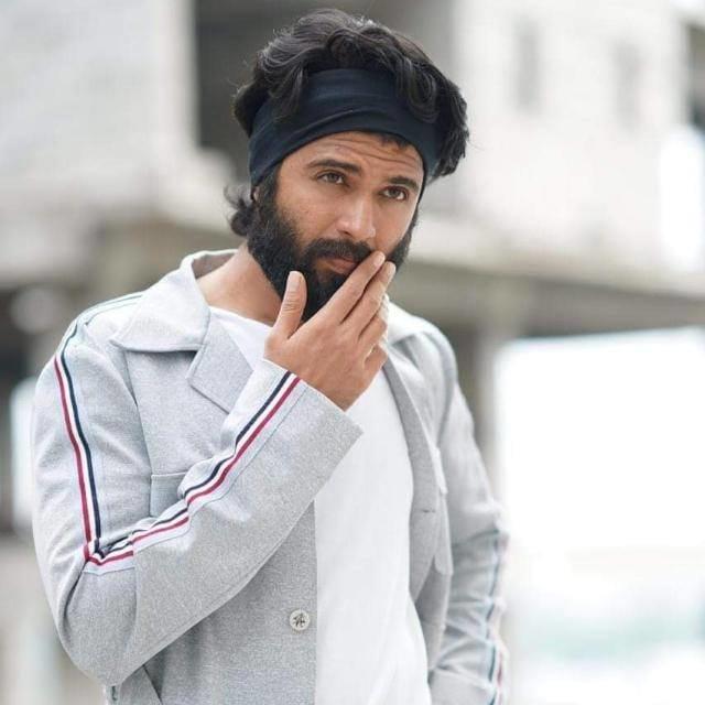 #vijaydevarakonda #arjunreddy #nota #stylishclothes #roposo-style #telugu #filmistaan #teluguhero #geethagovindam #rashmikamandanna