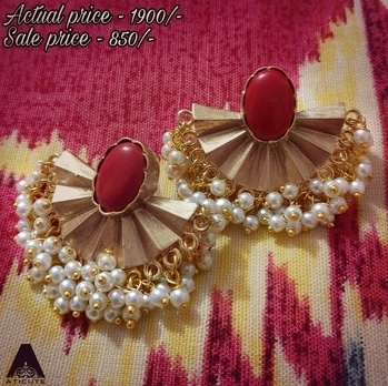 Flat 50% off on this beautiful red coral stone earring. Must for the season.  To buy WhatsApp 9176481987.#aticute #jewelrybypreetigupta #fashion #chennai #sale #newcollection #earrings #pearls #red #matte. Sale ends by January 31st 2017.