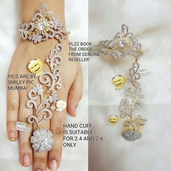Hand cuff available @  1575 Shipping extra  *ang#  09559285742