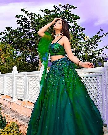 The lovely @saloniseh makes a striking statement in Emerald #SprinklebyNityaBajaj   #Repost @saloniseh • • • • • • Udaipur - The City of Lakes  🦚 Go Green 🦚  Wearing @labelnityabajaj ;  Shot by @siddnagar #labelnityabajaj #NityaBajaj #greenlehenga #green #gogreen #destinationwedding #udaipur #bloggerstyle #blogger #vlog #NityaBajaj #sprinkle #AWF19