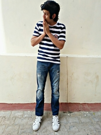 My style mantra is simple and sober keeping that in mind here I am wearing Blue & white striped T-shirt with a cute packman patch from westsidewith blue colour ripped jeans from Moda Rapido and super cool Adidas superstar sneakers...this outfit is very comfortable yet stylish and very easy to carry in summers . #bloggeracademy  #assignment2   #mystylemantra  #highlander  #adidassuperstar   #roposo    #rocknshop   #assignment2 #roposostyle  #roposomen   #fashiongram  #lifestylefashion  #likeforliketagsforlike