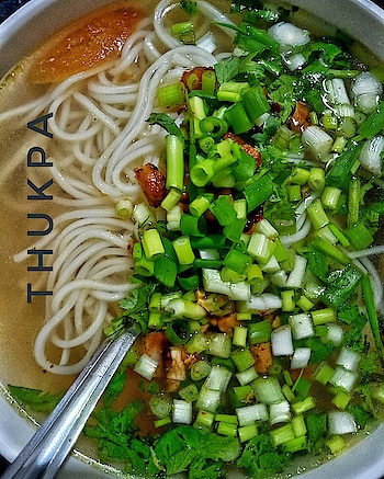Thukpa 🍜 . . . . . . . . . . . . . . . . . . #food #foodporn #yum #instafood #yummy #amazing #instagood #photooftheday #sweet #dinner #lunch #breakfast #fresh #tasty #foodie #delish #delicious #eating #foodpic #foodpics #eat #hungry #foodgasm #hot #foods #foodbloggersofinstagram #sayhome #staysafe #bikashbiswaz #kolkatafoodblogger
