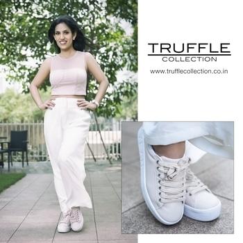 Comfort and together in @trufflecollectionindia!   #ad  #stylishwear  #comfortwear  #trufflecollection #shoes  #loveroposo  #mrsindia  #mrsearth  #priyankakhuranagoyal