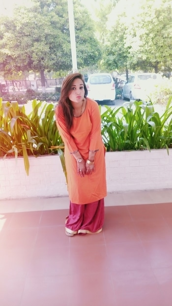 #Orange #plan #kurta #mehroon #plazo 😍😍