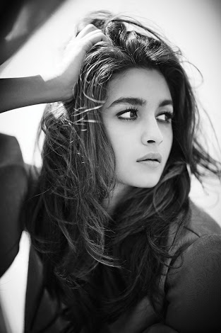 Happy Birthday Gorgeous Alia Bhatt  Best Wishes From Team Reveur  #HBDAliaBhatt #HappyBirthday #Reveur #ReveurEntertainments #RakeshHankareOfficial   Facebook Accounts  Rakesh Hankare Reveur II Rakesh Hankare Reveur I Rakesh Hankare7