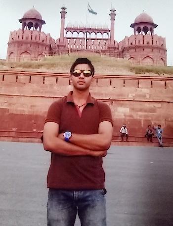 "The Indian *Redfort* (Lal Kila) In ""New Delhi""🇮🇳........."