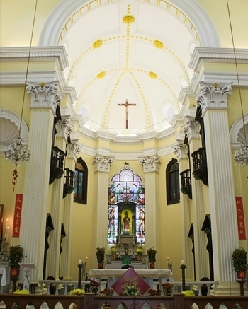 St. Lawrence's Church is one of the most beautiful and #oldest  churches in Macau ☺💒To know more about this place and other historical places of interest, do read my Macau Travelogue on the blog #naturalbeautyandmakeup 😊 #nbamtravels #throwbackthursday  #travelthrowback  . . . . . . . . . . . . . . . . #stlawrencechurch #macao  #macaudiaries #travelogue  #travelphotographyoftheday #travel  #travellover  #travelblogger  #tblogger  #naturalbeautyandmakeupblog #china  #interiors   #instatravel  #instalikesback #roposopics  #wanderlustlife #travelholic #traveldiaries  #travelblog  #travelpics  #travelfun  #serenity  #peaceofmind  #religiousplace #heritagesite