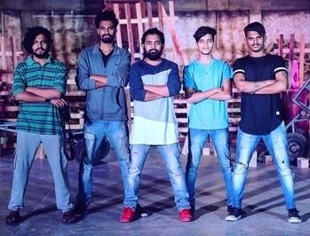 The people behind successful SET of @youtubedanceschool  @chiragmistry285 @myself_pradeepsuradkar @yashneeraj1 @i_am_param_gandhi @adityaguptaphotography09  #youtubedanceschool #mumbai #dance #team #teamwork #attitude #sucess #brothersforlife #adityaguptaphotographyNteam #canon #click #5dmarkiv #5d #click #set #design #cinematographer #cinematography #cameraman #team #loveyouguys #lovemylife 📽🎬❤️😍