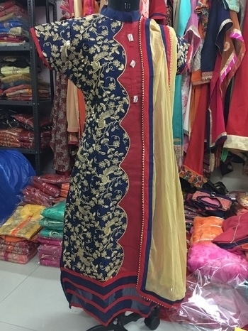 Heavy cotton chandari kurti with siffon duppata size xl  1600