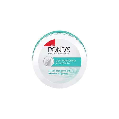 The all new Pond's Light Moisturiser, a light weight formula that absorbs easily and gives you non-oily, fresh glow all year round. #ponds #pondsindia #pondsinstitute #pondslightmoisturiser #moisturiser #nonoily #glow #skincare #beauty #allseasons #light #allyearround #nonsticky