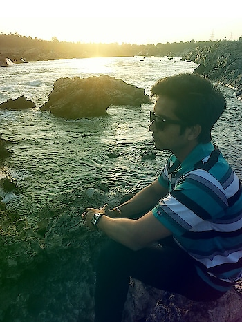 The most beautiful view is the one I share with you.   #riverside   #river #poseoftheday  #posing #photoshoot  #roposo-photoshoot  #positivevibesonly  #peaceofmind  #peace  #influencer  #travellife  #influencerstyle  #roposo  #roposo-style  #followmeforfollowback  #stylebook  #styleinspiration  #sunsine n goggles always perfect match for each other  #nearnature  #naturelover  #ropsofashion  #vivekjain  #sunshine  #roposo-fashiondiaries  #roposo-good #roposo-creativeartist  #travel