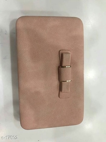 trandy clutch at just 600