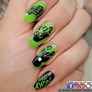 Musical Nails. Free Hand Art👐. 💚🖤💚🖤💚🖤💚🖤💚🖤💚🖤💚🖤💚🖤 Base: @luronofficial  📸 Clicked with: Samsung Galaxy Note5 📸  #nailartwow #nails2inspire #nailartoohlala   #nailfashion #visualsoflife #hairandfashionaddict  #nailsofinstagram #arts_help #nailsmagazine  #samsungnote5 #roposodaily #roposonails #roposonailart #roposoart #roposocolors #roposolove #roposolovefornails  Enjoy. ☺