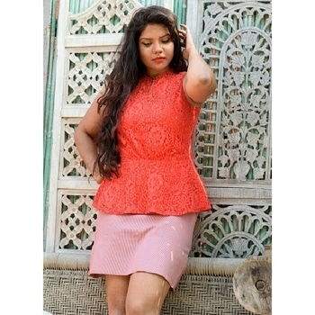 Almost an year I did this shoot..still so fresh in memories....#beautyblogger  #fbloggersindia  #fashionblogger  #lucknowblogger  #lucknow  #makeup  #makeupaddict  #delhi  #curvy  #hair  #internationalfashion