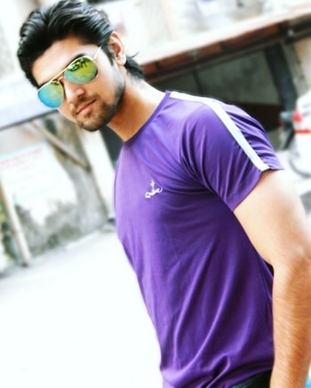 This is my #onewithoneself memory, while going to gorai beach for photoshoot and I was in love this rough tshirt as i like Purple/Lavender color & aviator shades  This pitcha added to my closest memories.  So stay tuned and share #onewithoneself memory & you could win @buffaloformen vouchers also Follow/like/share/comment @buffaloformen ✌  #contestalert  #onewithoneself #buffaloformen #mensfashion   #fashionstyle  #fashionblogger  #fashionmen  #ootd  #ootd💗 #ootdshare #ootdroposo  #followforfollow  #photooftheday  #potd #fashionlover  #rugged  #jeans  #styles  #styleblogger  #outdoor  #mensfashionbloggerindia  #mensclothing  #aviators  #outdoorphotography   #menscasualwear