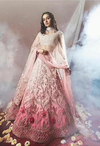 #shraddhakapoor #shraddhaigupdate #fashion-diva #woman-fashion #fashion week       #fashion show           #fashion islam #fashion look #shraddha_kapoor #shraddhagems #shraddhakapoorsuperfans