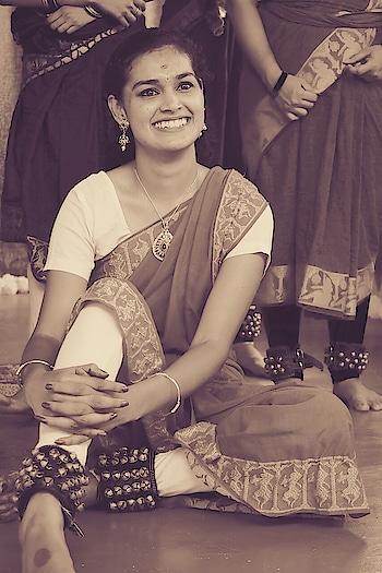 Dance = Passion 💃❤️#firstlove #dance #roposo-dancer #danceingqueen #bharatanatyam #classic-beauty #classicaldance #classicaldanceperformer #passion #passionforlife #this is my hobbies #hobbiesmatter #dancelove #ghungroos #traditionalattire #practicemakesperfect #practisesessions #traditionalmakeuplook