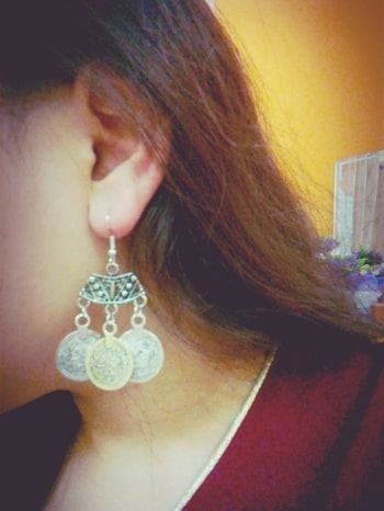 bought these coin earrings because they are soo beautiful!! #roposotalenthunt  #coinearrings #earrrings #earringsoftheday #earringlove #shopaholic #shopaholicdiaries #likeforlike  #followerslove #followforfollow #londonfashionweek #parisianstyle #newyork #styleblog #indianfashionbloggercommunity #roposome #xoxoxo #skfashion #followforfollow #likeforlike #followme #soroposo #trendingnow #love  #followme #soroposo #xoxoxo #stylingindia  #skfashion