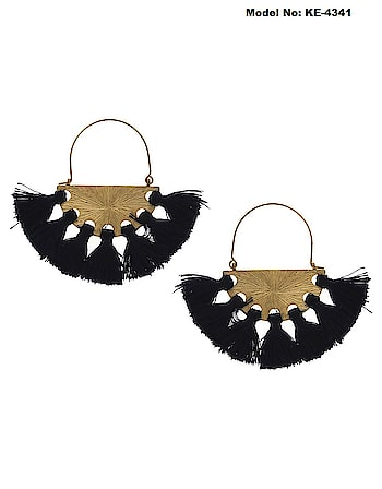 This festive fashion season Anuradha Art Jewellery offers range of fashionable thread earrings collection for modern women. These earrings will look outstanding with western apparel. So see more designs visit our website : anuradhaartjewellery.com  or WhatsApp us on : + 91 8888893938   #threadearring  #tasselearrings  #fashionjewellery  #fashionearrings  #silkthreadearrings #handmadearrings #westernearings  #earringsforwomen  #instajewellery  #instaearrings  #instafashion