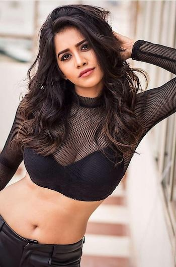 #nabhanatesh #nabha_natesh #nabha_hot #nabha #ismart_shankar #isamartshankertriler2 #filmistaan #haha-tv #nabahnatesh #actressdress #actressfashion #actress #nabhai