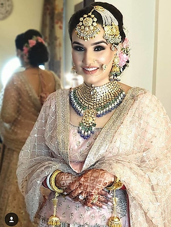 #indiantraditionawear #indianfestival #eye-make #makeup #bridal-makeup #weddding #wedding-bride #wedding-outfits #wedding-suits-designer #weddings