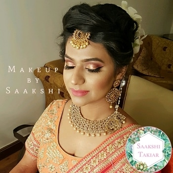 This Bangalore stunner rocks the north Indian look... contact 9899660145 for bookings  . . . . . . . Beauty is in diversity.. This bangalore bride looks stunning for her north indian function Contact 9899660145 for ur makeup bookings . . . . . . . . . #bridetobe #bridalmakeup #weddingmakeup #muslimbride #nikah #makeupartistworldwide #makeupartistindia #bestmakeupartistindelhi #wedmegood #jeffreestarcosmetics #diorbeauty #anastasiabeverlyhills #redcherrylashes #tartecosmetics #beccacosmetics #shaadisaga #wedding #delhiweddings #followme #followformore #soroposso #eyemakeup