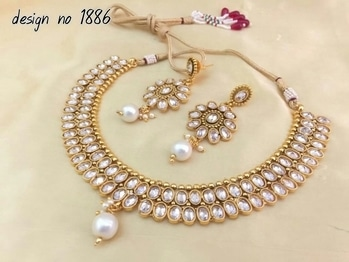 tiz necklaces is very beautiful. order on whatsaap no 7208342482 #jewellerylove #beautifuljewels #leatherjacket #fabric .we hv many more collections .