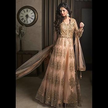 Celebrate this festive season with #RentAnAttire Festive Collection ✨  Rent & slay this elegant pastel jacket lehenga look.  Don't buy, but rent your look and be festive ready, logon to www.rentanattire.com or https://bit.ly/2qpMSHG  #diwali #festiveseason #festivecollection #ethnic #indianfashion #traditional #outfits #designeroutfits #indianfestivals #fashion #desistyle #fashiononrent #rent #styleonrent #wedding #weddingseason #weddings #brides #grooms #bridesmaids #groomsmen #indianweddings #wedmegood #2018