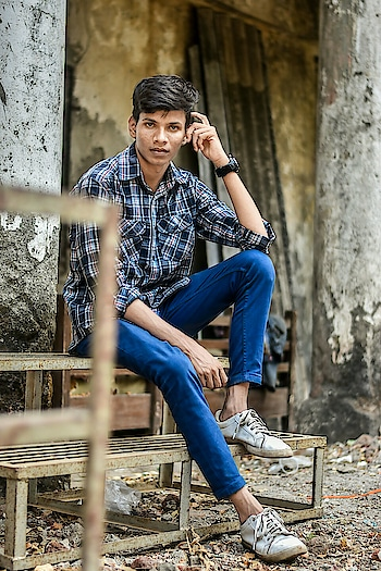 Click📷📷:_ @ankushphapale  Look deep into nature, and then you will understand everything better. #love #model #fashion #cute #smile #hot #feature #lifestyleblogger #portrait #lovequotes #styles #roposome #followme #click #google #facebookblogger #fastrack