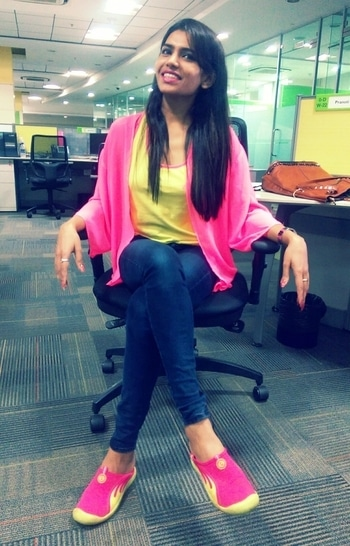 Neon day at work.... #neon