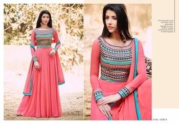 D NO 1026....  TOP....JORJAT  INNER...MICRO  BOTTAM....SANTOON  DUPATTA....NAJMEEN  RATE.....1100  Ready...... Whatsapp me at  +91 7830378415  #lehenga#lehengacholi#indianfashion#indianweddings#sagan#mehndi#designerdress#delhi#mumbai#fashion#dallas#dallasindia#wedding#indianwedding#london#londonfashionweek#canada#australia#dubaifashion#dubaiethnic#womenfashion#trendy#latest#sareehyderabad#delhi#delhistreet#pune#bangalore#delhiwedding#floral