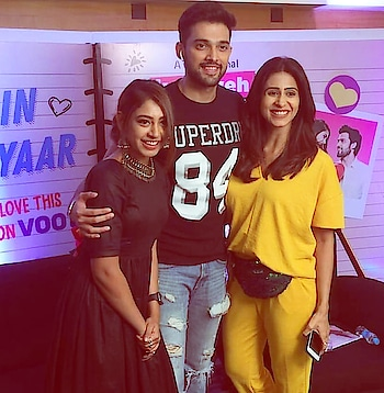 And we are back with season 3 !!!!😁😁😎 #kyy3onvoot  #promotion  #mediainterviews  @nititaylor  @kishwersmerchantt