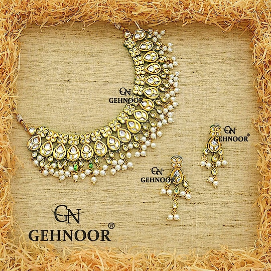 After much Inspiration from Sonam Kapoor's Wedding, bringing to you this Beautiful Kundan Neckpiece with Petite Earrings! 💞 . These Stunners are Elegance Personified and ideal for both Indian and Western Attires! 💕 . Grab them till Stocks last! 💓 . www.gehnoor.com 💻 . FREE SHIPPING anywhere in India 🚙 . Cash On Delivery Available across India 💲 . WhatsApp at 07290853733 📱 . www.facebook.com/Gehnoor/ . gehnoor@gmail.com 📝 . #bride #goldjewellery #kundannecklace #traditionaljewellery #happy #wedding #celebritywedding #destinationwedding #indianbride #bridechilla #gehnoor #weddingphotography #photooftheday #instabride #bridalwear #ootd #bridaljewellery #photographer #weddingphotographer #lehnga #igers #tags #like #likeforlike #followfollow #followus #followback