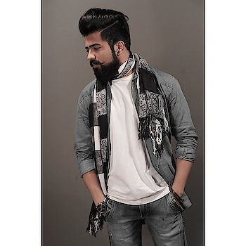 Do more of what makes you happy💫    #moustache #fashionshow #igers #prilaga #like4tags #like4follow #stylish #fashionpost #outfit #instagood #blacklover #fashionphotography #fashionblogger #instadaily #fashionlover #styleblog #fashionweek #followforfollow #beardedmen #followback #indianbloggers