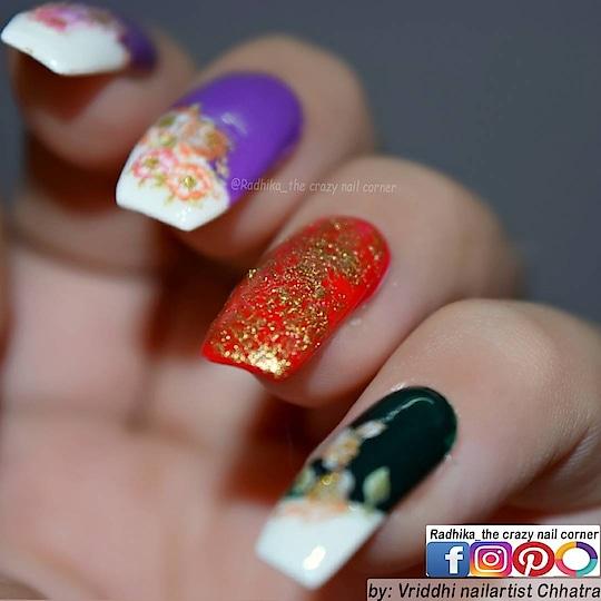 Floral Hand Art. 🌸🌿💮🌱🏵☘🌹🍀🥀🍃🌺🌾🌻🌿🌼☘🌷 Simple Art. 💜💚❤ Base : @chichi @luron  💅 #nails #fun #creative #roposofashion #roposodaily #roposostyle #roposobeauty #nailart #nailfashion #naillover #nailsoftheday #nailartdesigns #nailartwow #nails2inspire #nailaddict #nailartpromote #nailartaddicts #nailoholic #floral #beautyaddict #nature #fun #colors #fashion  Enjoy. ☺
