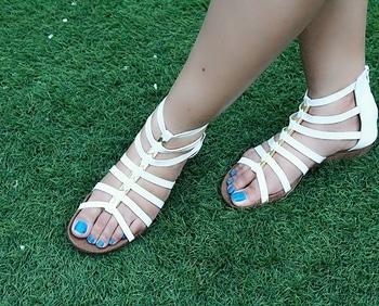 Perfect pair for Monsoons  #gladiatorsandals #footwear #monsoonfashion #roposo #metroshoesindia #metroshoes #twinklewithmystyle