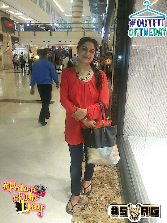 Post no#outitoftheday  #pictureoftheday#soroposo  #roposodaily #roposolook #roposodelhi #roposoblogs ##roposocontest #soroposo #redlipcolor #red #beauty #ladies  #timelessfashion  #lifestyleblogger   #indianfashionblogger   #manjeetkaursobti   #swag