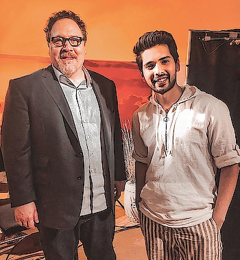 Had an amazing conversation with the one and only @JonFavreau! He has reimagined #TheLionKing so beautifully and yet retained that universal emotion that connects all of us to this iconic film. It was also great to get his perspective on the legendary soundtrack among other things. Day well spent! 🙏🏻❤️ @disneyfilmsindia @disneyindia @lionking
