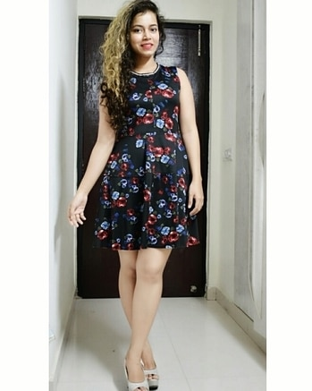 New Bog Post:The skater dress is one trend that won't go away,and we can see why.....Click on the link🔗 in my bio to see more pictures and get the outfit details..😘❤💁 . 📷@mehrasagar1707 . . fashionblogger #bloggerstyle #stylish #lucknowblogger #fashionlifestyleblogger #indianblogger #love #me #cute #photooftheday #nails #hair #earings #skaterdress #beauty #beautiful #instagood #instafashion #pretty #girly #blackfloral #girl #girls #eyes #model #dress #black #heels #styles #glamglow
