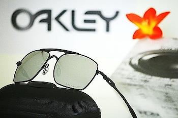 *_Oakley  polarized Original Quality sunglasses In Stock_* 😍  # shape- # Unisex # *_Model - Oakley  # lens material-polarised fibre,uv-400 polarized # 100% UV-protection *_Avlb In Stock @ Rs 1250/- *Oakley Box And Accessories*  #sunglasses #summer #sun #fashion #love #style #beach #instagood #eyewear #glasses #travel #photography #happy #beautiful #music #classic #shades #sunnyday #art #sale #fun #vacation #sky #blue #song #follow #beautiful #fashionblogger #aviator #royal