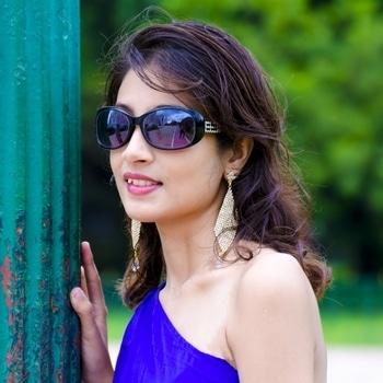 One Side Off Shoulder Dresses Are In Trend Nowadays.😍😘 New Blog Will Be Uploaded Soon.😎   #bloggersofindia ##blogger #kolkatafashionblogger #onesidedshoulder #fashionbloggerindia #makeupblog #blacksunglases #trendyearings #roposolove #roposoblogger #instablogger #alwayskeepitstylish